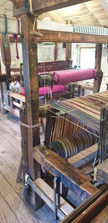 weaving house 2